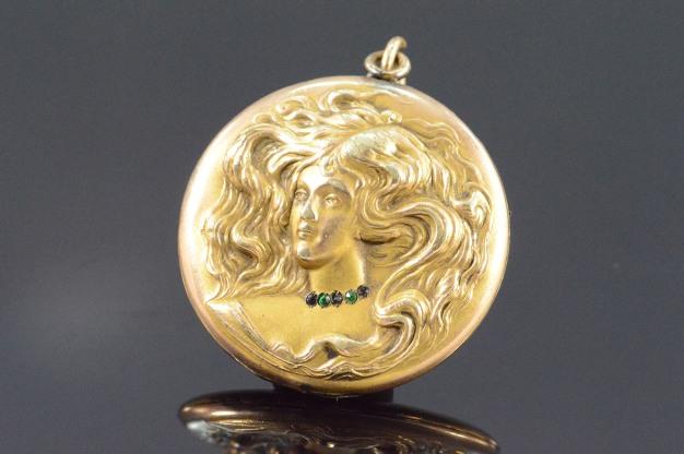 116g-gold-filled-art-nouveau-flowing-hair-woman-photo-locket-pendant-888888940_22720161248535503535