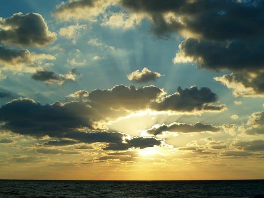 sunrise-597513_640