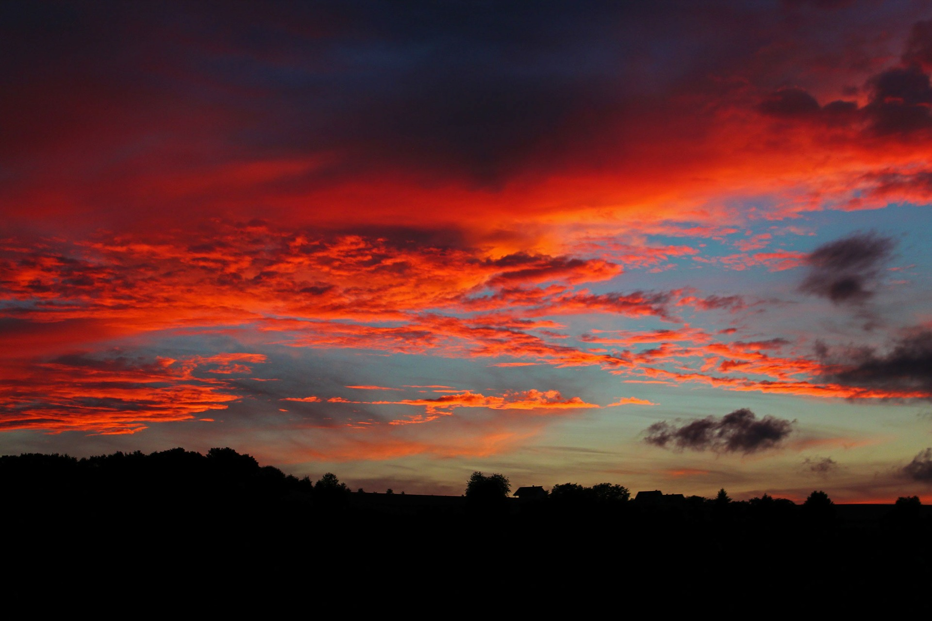 sunset-194702_1920