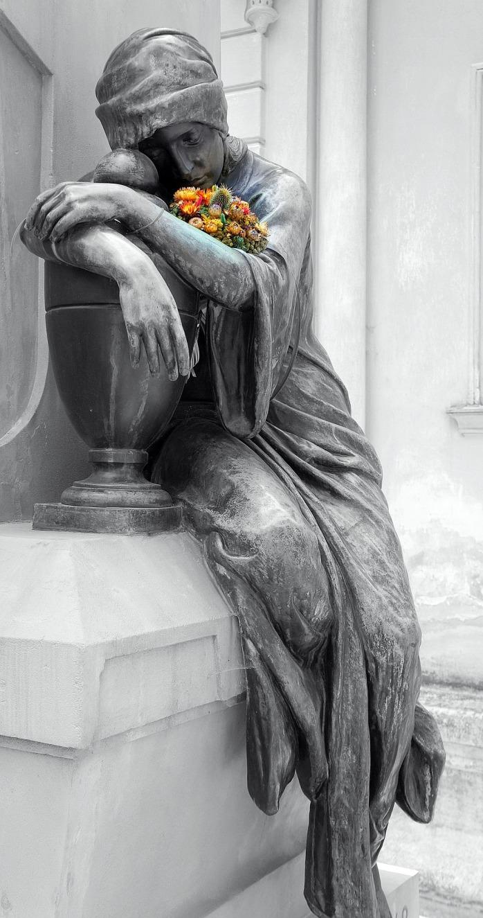 statue-2625042_1920