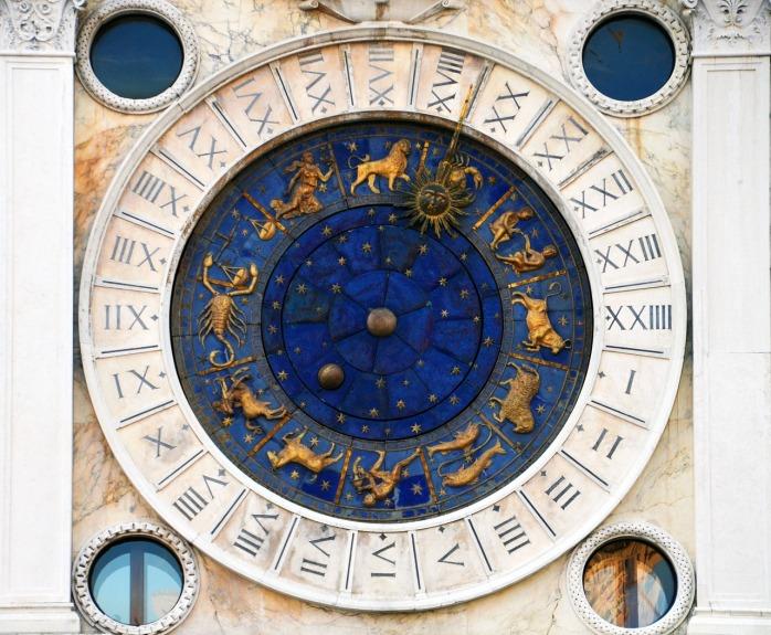astrology-2792352_1280