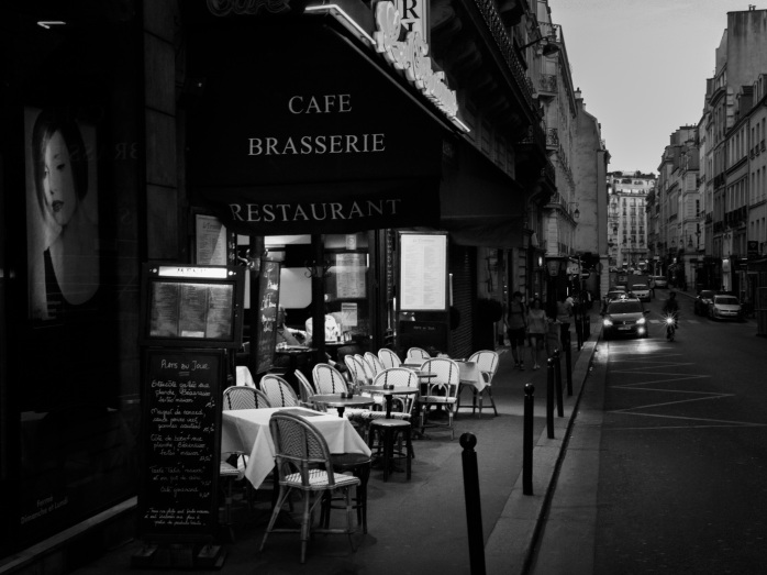 table-cafe-black-and-white-road-white-street-807694-pxhere.com