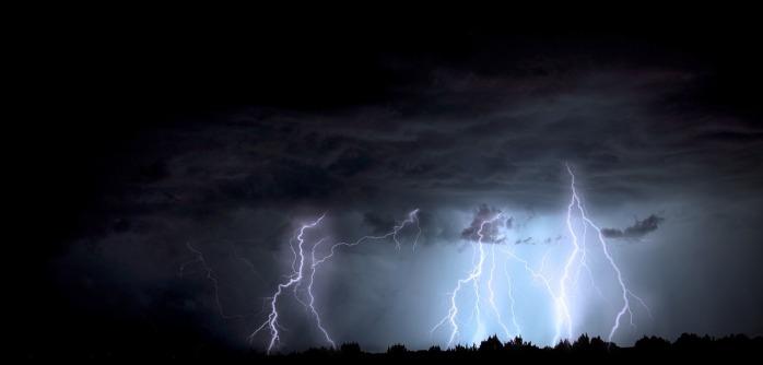 lightning-1158027_1280