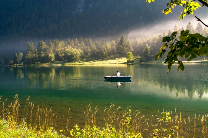 silence-water-reflection-nature-lake-green-1435823-pxhere.com