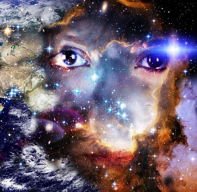 galaxy-779335_640