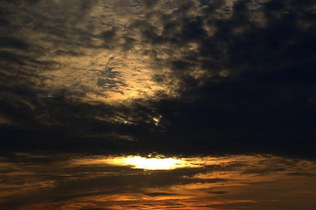 sunrise-1441969_640.jpg